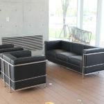 メンテナンスしやすいオフィスのソファと材質