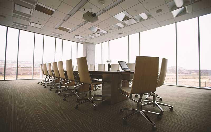 オフィスの椅子と生産性の関係