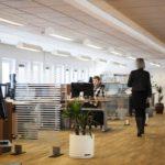 仕事の効率が上がるオフィス家具の配置を紹介